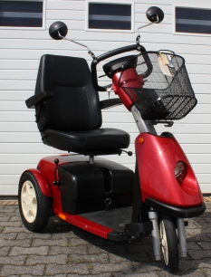 Scooter Trophy 6 mit Fussgas