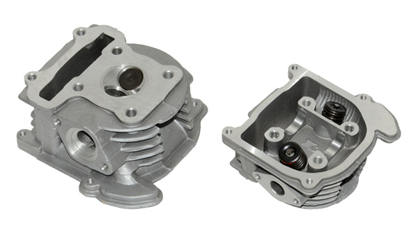 Cilinderkop Compleet China 4T/Gy-6/Ksb/V-Clic/ 50C