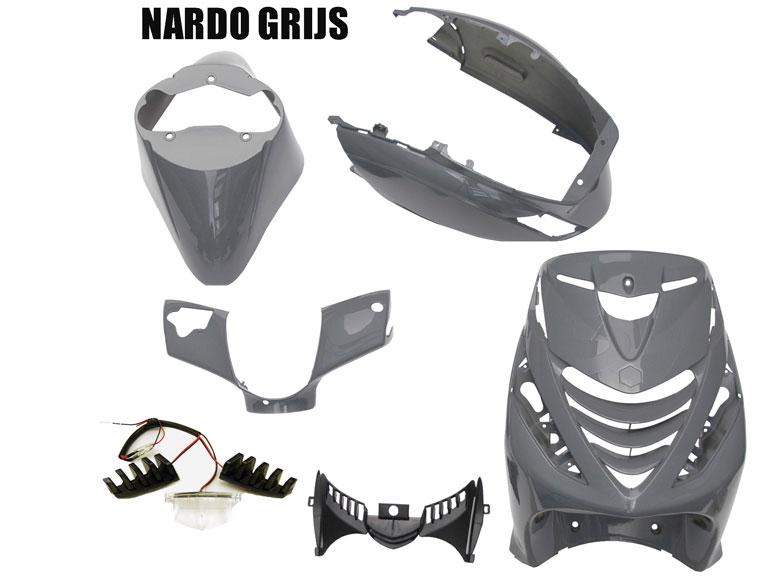 Kappenset Piaggio Zip 2000 NARDO GREY met led verlichting voorfront 5 delig